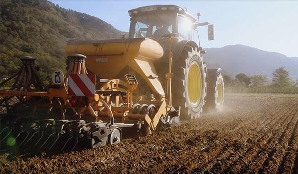 Resistencia a la rodadura de los neumáticos de tractor