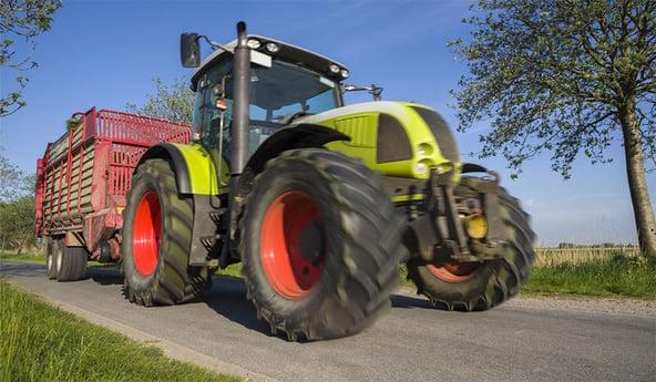 Papel de los neumáticos de tractor en tu seguridad